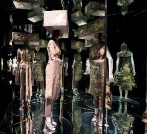 Alexander-McQueen-Savage-Beauty-VA-Museum_dezeen_468_5
